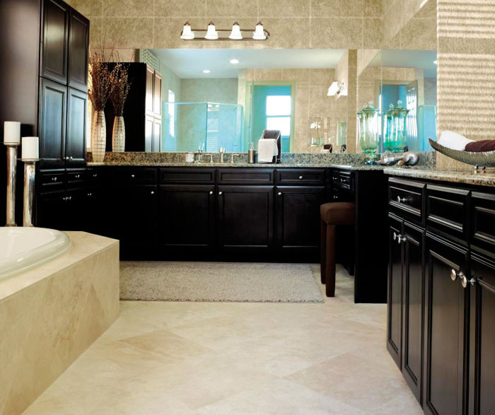 Delicieux Sarsaparilla Cabinets In Traditional Bathroom By Aristokraft Cabinetry