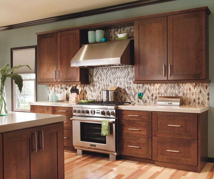 Cherry kitchen cabinets Shaker Contemporary Cherry Kitchen Cabinets By Decora Cabinetry Masterbrand Cabinets Contemporary Cherry Kitchen Cabinets Masterbrand