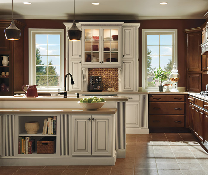 maple finish kitchen cabinets maple kitchen cabinets with ivory accents masterbrand 23042