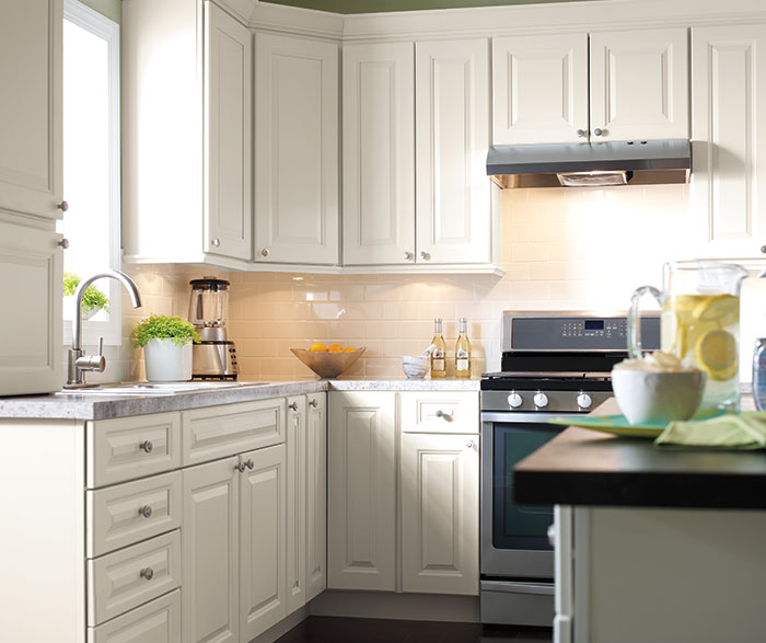 Houzz Off White Kitchen Cabinets: Off White Painted Kitchen Cabinets In French Vanilla