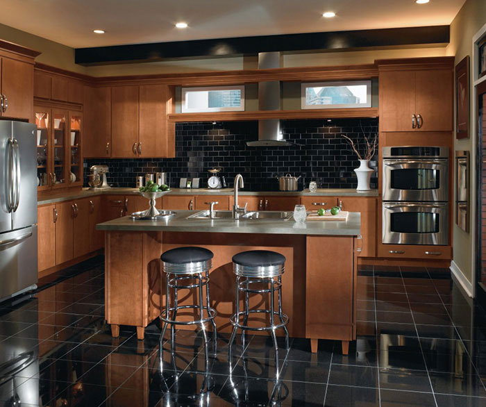 Attractive Color Light Maple Cabinets Interior Designs: Contemporary Maple Kitchen Cabinets