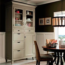 Dine in style with our delicious dining cabinet solutions.