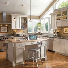 Casual style kitchen cabinets