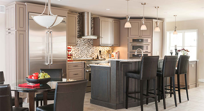 Anden kitchen cabinets in maple with neutral cabinetry finishes>