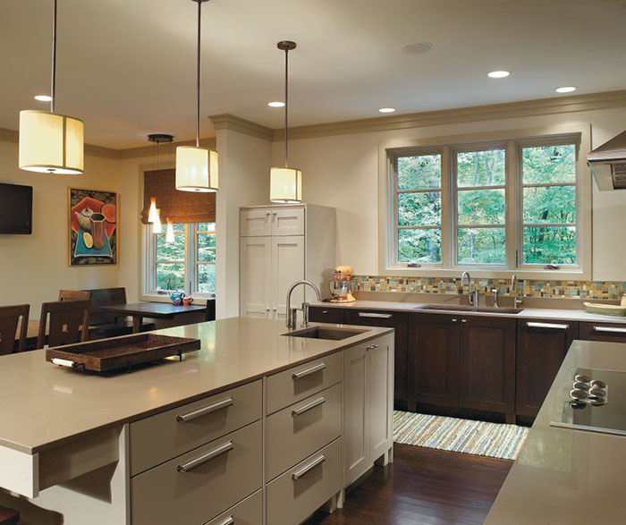 Kitchen Wall Paint With Oak Cabinets: Dark Quartersawn Oak Cabinets With A Painted Kitchen