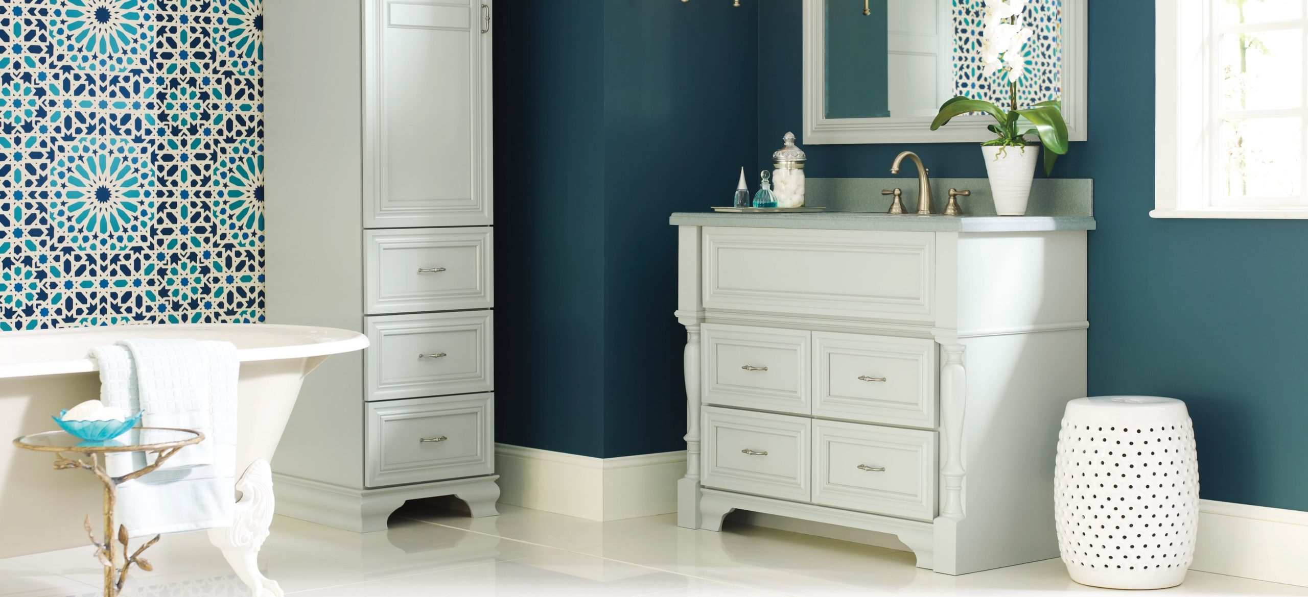 Favorite Colors for Blue Kitchen Cabinets